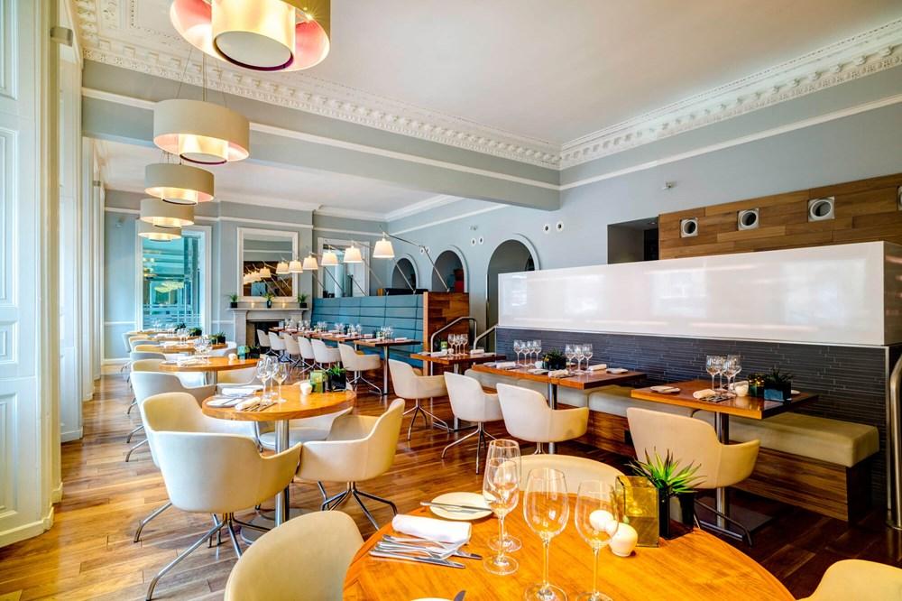 Elliot's restaurant at Apex Waterloo Place Hotel
