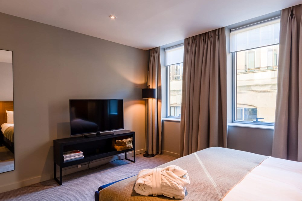 Superior Room at Apex London Wall Hotel