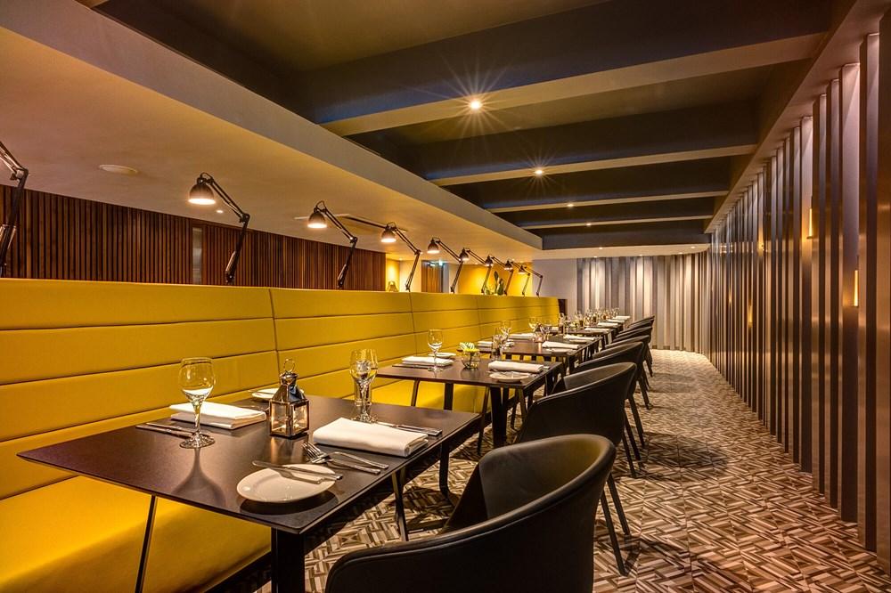 Agua restaurant set for dining