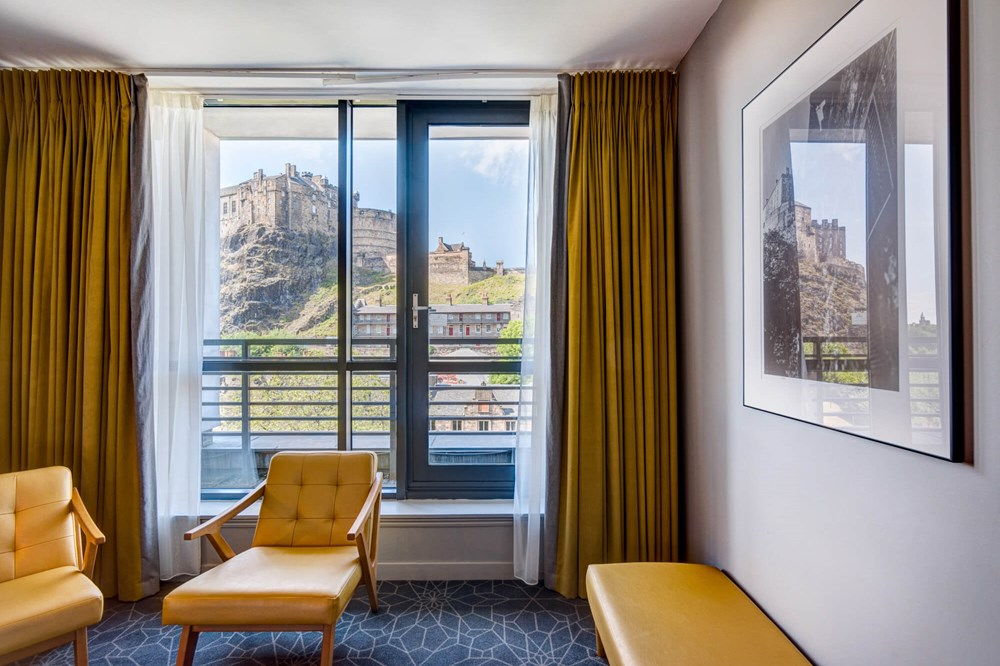 Castle View Deluxe Room with Balcony view of Edinburgh Castle at Apex Grassmarket Hotel