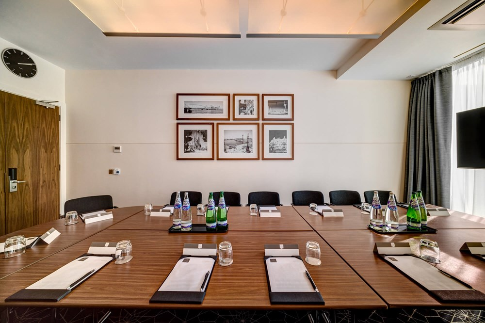 Barcelona room set up boardroom style for meeting