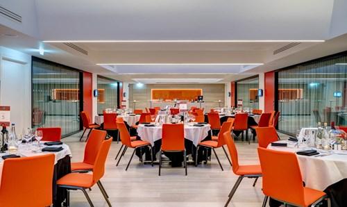 Atrium at Apex City of Bath Hotel