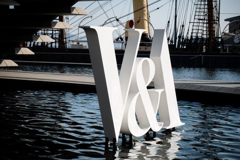 V&A sign outside V&A Dundee